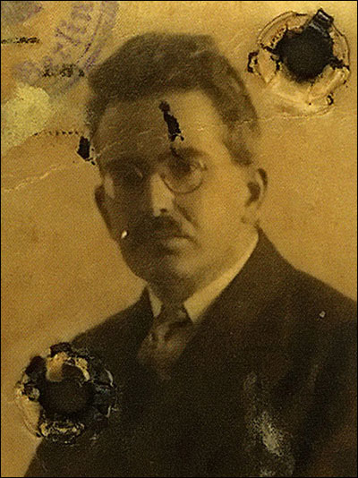 Walter Benjamin lived in a milieu of such vastly assimilated German-Jewish ...